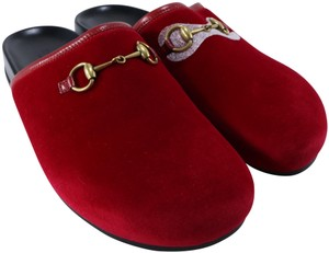 Gucci Classic Horsebit Loafers Velvet red Mules