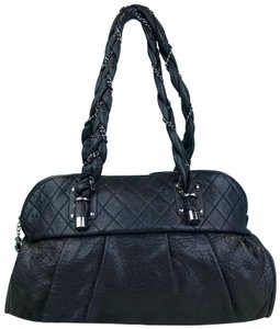 37b135290f4b Chanel Shoulder Bags on Sale - Up to 70% off at Tradesy