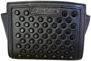 64511e05d0e8 Michael Kors Crossbody Bags - Up to 70% off at Tradesy