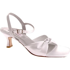 Dyeables White Lovely Pumps Size US 10 Regular (M, B)
