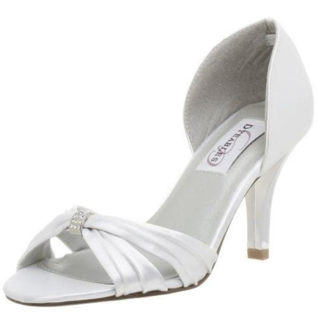 Dyeables White Daisy By Pumps Size US 9.5 Regular (M, B) Dyeables White Daisy By Pumps Size US 9.5 Regular (M, B) Image 1