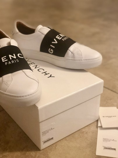 Givenchy White and black Athletic Image 3