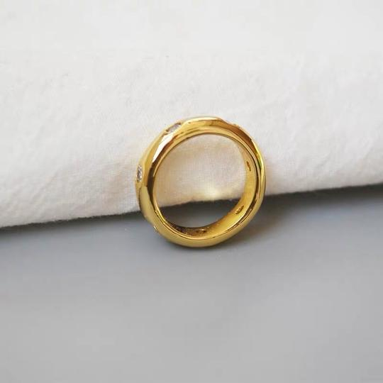 Kate Spade KS New York Gold Band Clear Crystal Chunky Solid Band Ring Size 7 Image 2