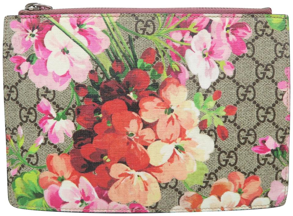 e637c2d85 Gucci Gg Blooms Pouch Canvas Multicolor Clutch Image 0 ...
