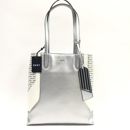 DKNY Tote in silver Image 3