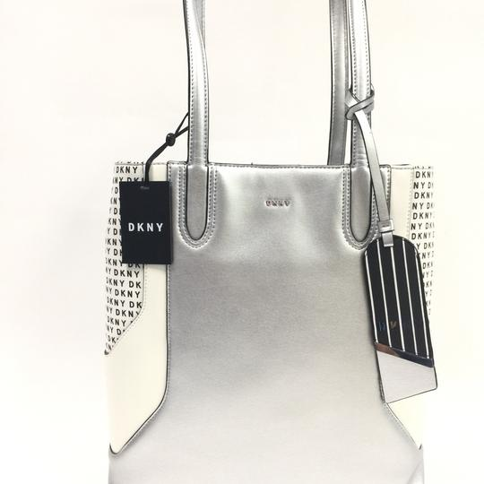 DKNY Tote in silver Image 4
