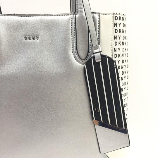 DKNY Tote in silver Image 6
