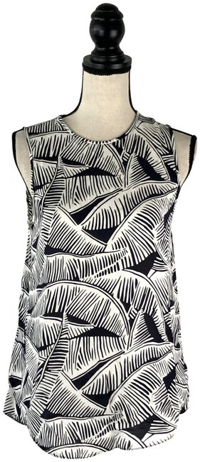 Preload https://img-static.tradesy.com/item/25462598/theory-black-and-white-palm-tree-silk-blouse-size-petite-4-s-0-1-650-650.jpg