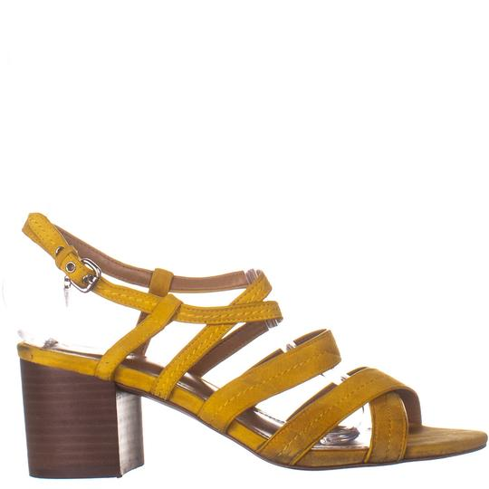 Coach Yellow Pumps Image 3