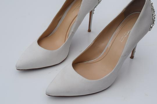 Vince Camuto off white Pumps Image 2