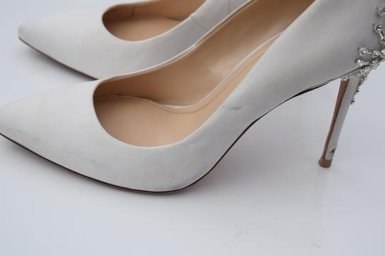 Vince Camuto off white Pumps Image 5