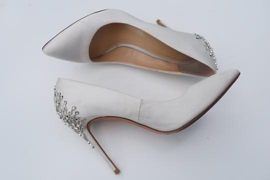 Vince Camuto off white Pumps Image 8