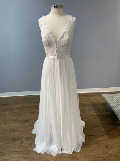 Mikaella Bridal Natural with Pearl Lining (See Photo) Lace and Soft Tulle Mik-2193 Formal Wedding Dress Size 12 (L) Image 2