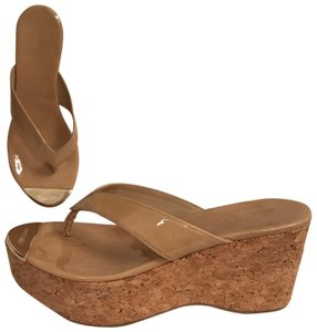 2ef2cce2a0 Jimmy Choo Sandal Platform Patent Leather Leather Thongs Beige Tan Wedges
