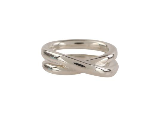 Preload https://img-static.tradesy.com/item/25468647/tiffany-and-co-silver-paloma-picasso-crossover-ring-0-1-540-540.jpg