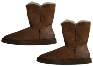 56dd5cf4bda Ugg Boots on Sale - Up to 80% off at Tradesy (Page 78)