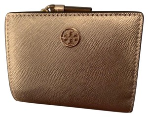 e4c3ece1c9 Pink Tory Burch Wallets - Up to 70% off at Tradesy
