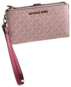 ce061fc36680 Michael Kors Wallets on Sale - Up to 80% off at Tradesy
