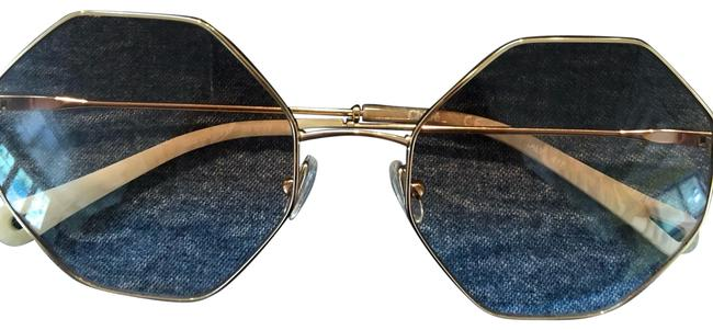 Item - Rose Gold. Ce2134 Sunglasses