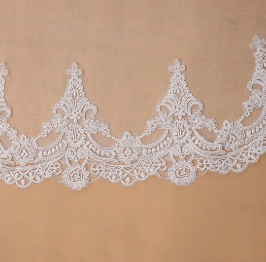 Long 3m 10ft Lace Appliqué Edge Cathedral White Or Ivory Bridal Veil Image 2