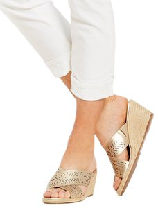 Lucky Brand gold Mules
