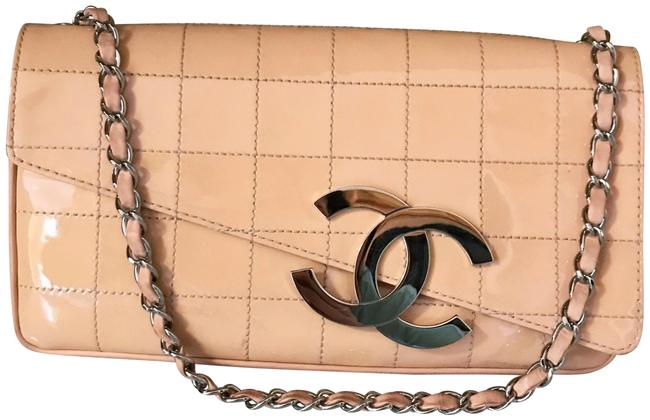 Item - East West Shoulder Bag Cc Chocolate Bar Stitched / Peach / Pink Patent Leather Clutch