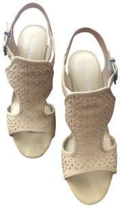 Gianni Bini Tan/Beige Wedges