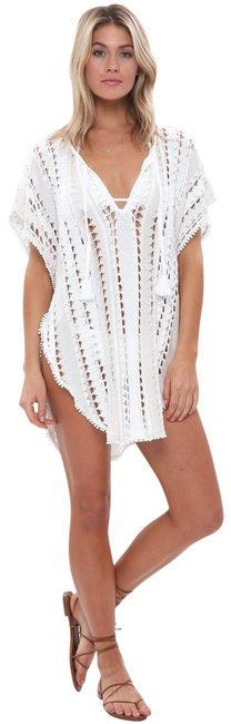 Item - White Movers Shakers Cover-up/Sarong Size 4 (S)