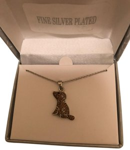 Lord & Taylor new Dog Mom Necklace adorable