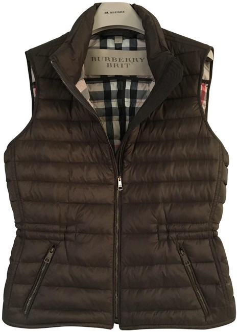 Preload https://img-static.tradesy.com/item/25474061/burberry-military-bronze-brit-cranstead-down-puffer-quilted-vest-size-8-m-0-1-650-650.jpg