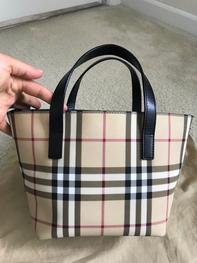 Burberry Tote in black & multiple Image 2
