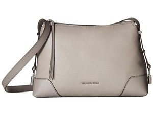 Michael Kors Pearl Pebbled Leather Messenger Shoulder Bag