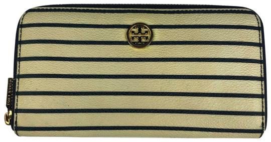 Preload https://img-static.tradesy.com/item/25477921/tory-burch-robinson-wallet-printed-stripes-zip-metal-logo-multicolor-leather-satchel-0-1-540-540.jpg