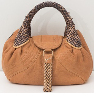 8923947fcd Fendi Bags on Sale - Up to 70% off at Tradesy (Page 4)