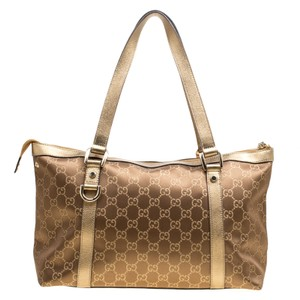 0105ec4350 Gucci Tote Bags - Up to 70% off at Tradesy