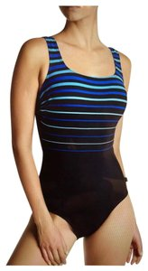 220603dd50e9c Women's Reebok Swimwear - Up to 70% off at Tradesy