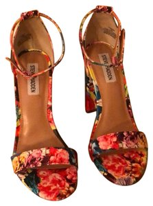 3d25d55f20b86 Women's Multicolor Steve Madden Shoes 7.5
