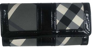 Burberry Authentic Burberry Nova Check Gray Black Patent Leather Wallet