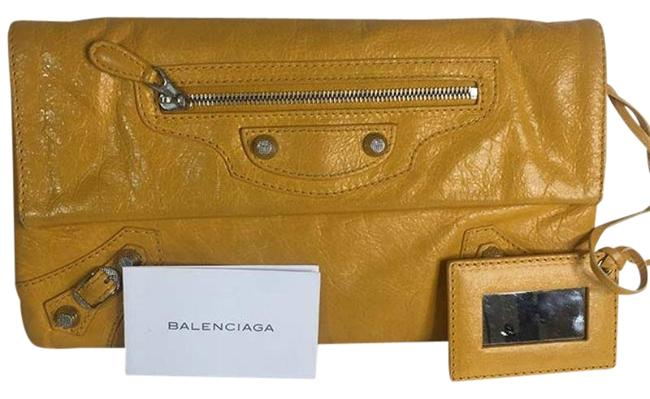 Balenciaga Envelope Leather Large Evening Hand Yellow Clutch Balenciaga Envelope Leather Large Evening Hand Yellow Clutch Image 1