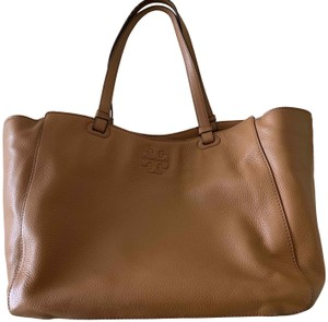 Tory Burch Double Handles Snap Closure Lined Plenty Pockets Pebbled Leather Tan Diaper Bag