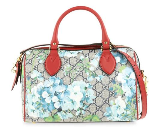 Preload https://img-static.tradesy.com/item/25483984/gucci-boston-blooms-gg-supreme-blue-crossbody-multicolor-leather-satchel-0-0-540-540.jpg