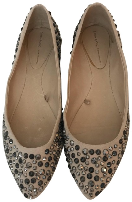 Item - Tan Gunmetal Gray Silver Studded Point 8 Flats Size EU 39 (Approx. US 9) Regular (M, B)