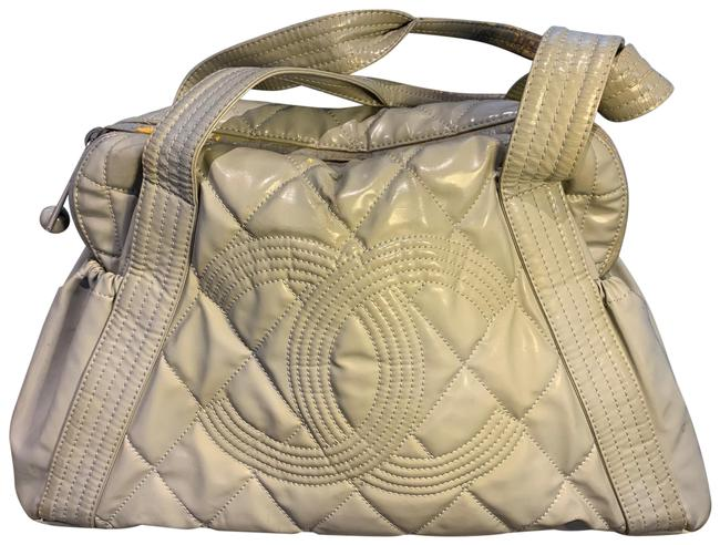 Item - Damaged Cc Quilted Grey Patent Leather Tote