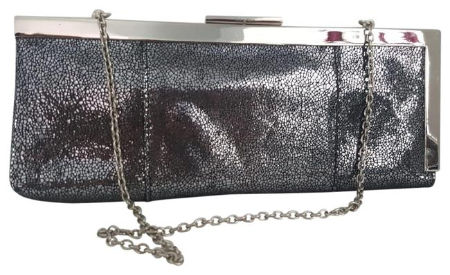 Item - Rectangular with Chain Strap Silver Leather Clutch