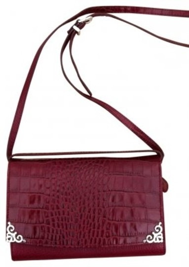 Preload https://item3.tradesy.com/images/brighton-large-organizer-wallet-cranberry-red-shoulder-bag-25487-0-0.jpg?width=440&height=440