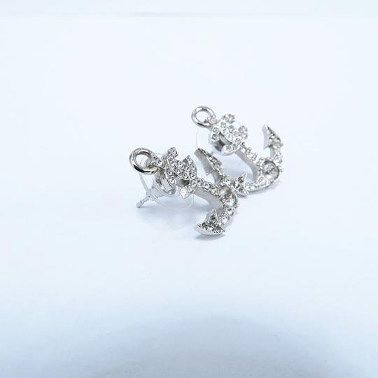 Chanel Silver Anchor Strass Cc Earrings Image 4