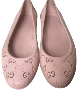 Gucci Nude Pink Flats