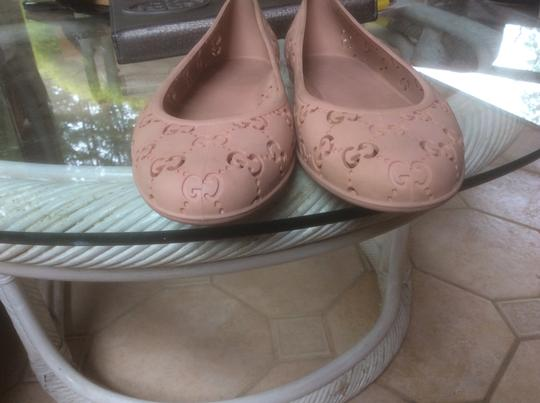 Gucci Nude Pink Flats Image 1