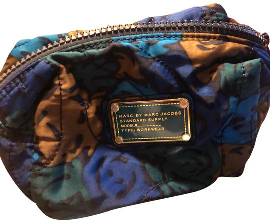 Preload https://img-static.tradesy.com/item/25488969/marc-by-marc-jacobs-blue-multi-colored-pouch-cosmetic-bag-0-1-540-540.jpg