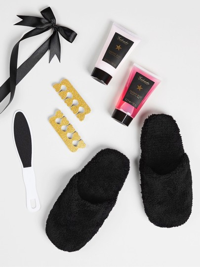Frederick's of Hollywood NWT Frederick's of Hollywood Slipper Gift Set Image 2